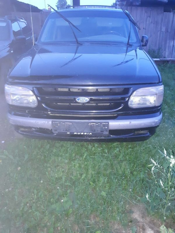 Ford Explorer, 1995 год, 135 000 руб.