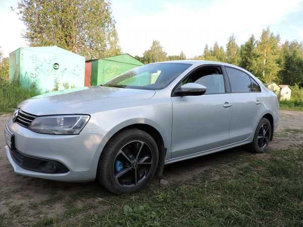 Volkswagen Jetta, 2011 год, 465 000 руб.
