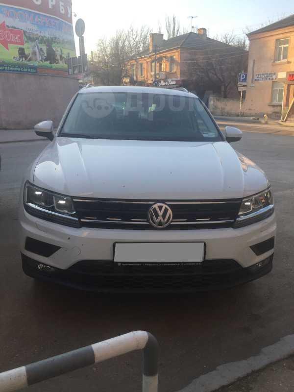 Volkswagen Tiguan, 2018 год, 1 500 000 руб.