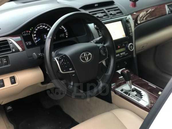 Toyota Camry, 2014 год, 1 320 000 руб.