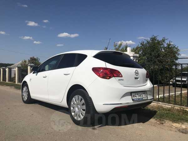 Opel Astra, 2013 год, 900 000 руб.