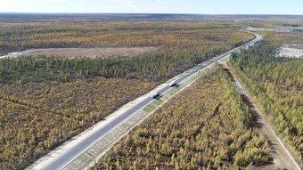 В 2019 году всю трассу от Якутска до Бердигестяха и от Хампы до Вилюйска обещают покрыть асфальтом.