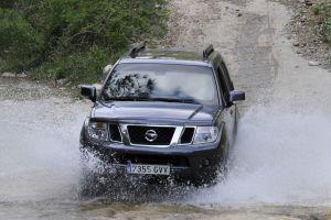 Nissan Pathfinder 2004–2014гг. Легколи жить со«Следопытом»?