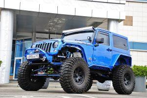 Jeep Wrangler: для скал и асфальта