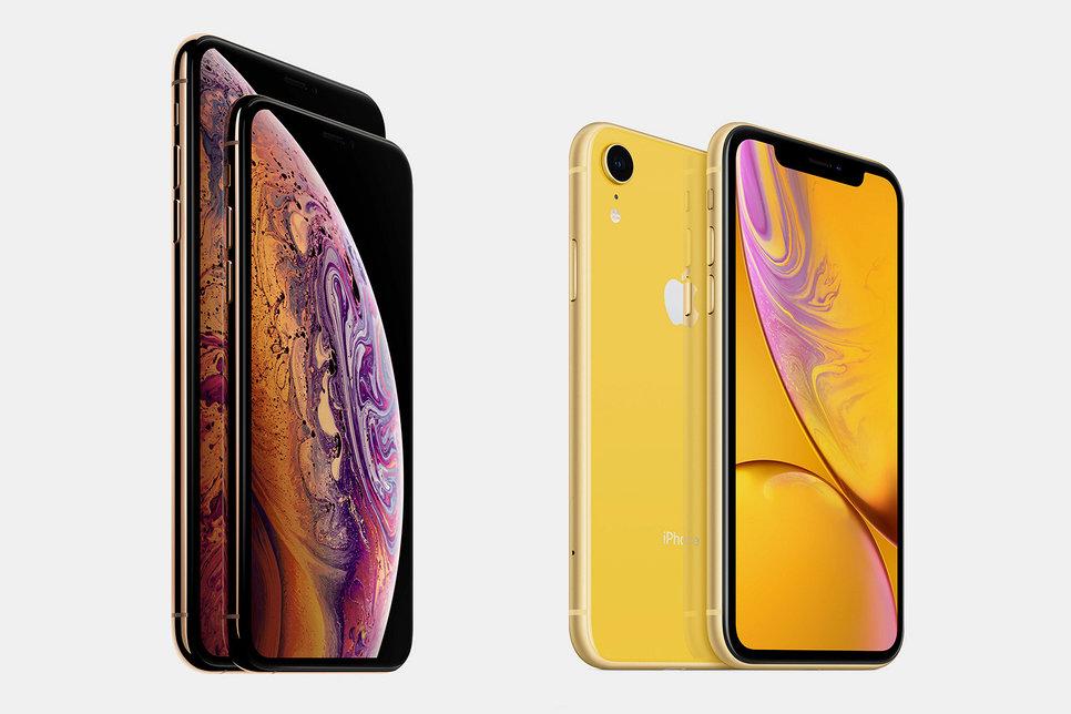 iPhone XS будет доступен по цене от 87 990 до 118 990 рублей, iPhone XS Max — от 96 990 до 127 990 рублей, iPhone XR — от 64 990 до 77 990 рублей
