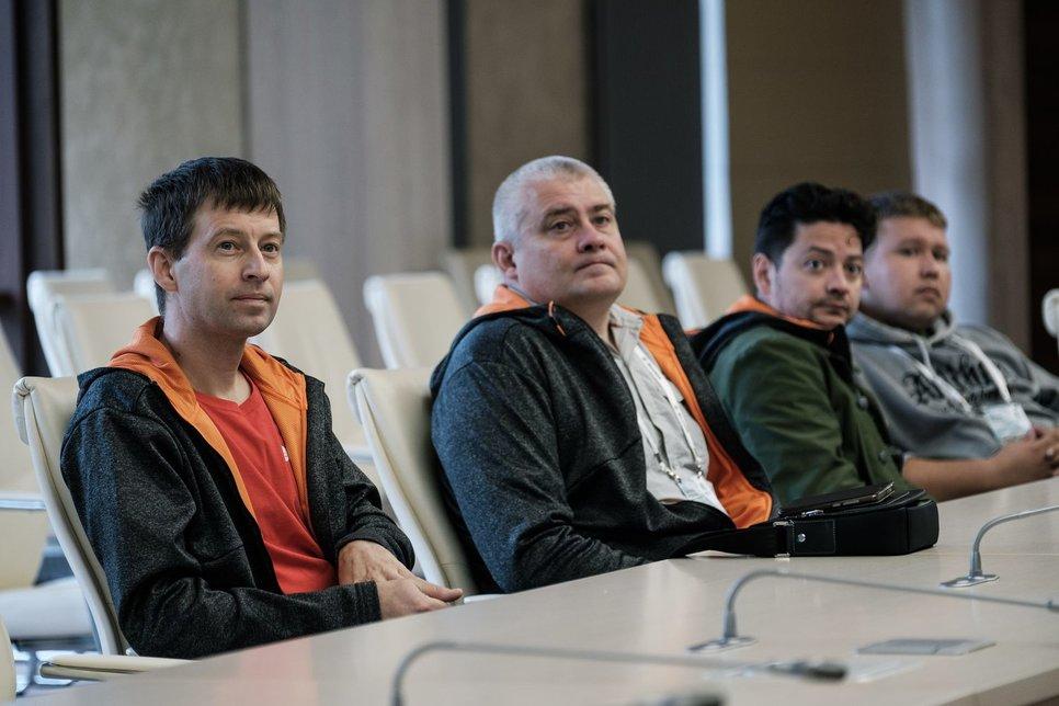 Слева направо: я, Егор Васильев