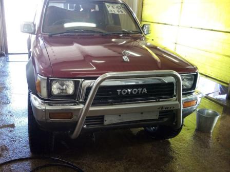 Toyota Hilux Surf 1989 - отзыв владельца