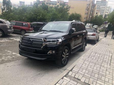 Toyota Land Cruiser 2018 - отзыв владельца