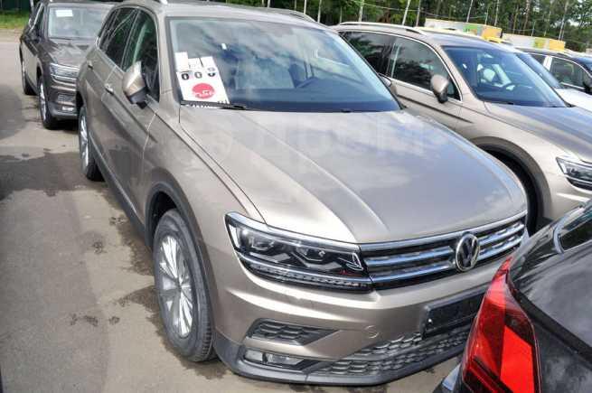 Volkswagen Tiguan, 2018 год, 2 167 625 руб.