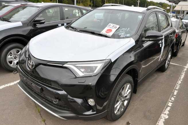Toyota RAV4, 2018 год, 2 042 000 руб.