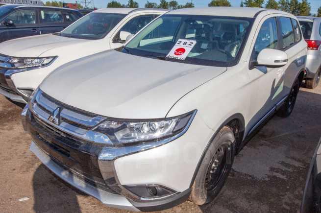 Mitsubishi Outlander, 2018 год, 1 723 000 руб.
