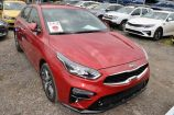 Kia Cerato. RUNWAY RED (CR5)