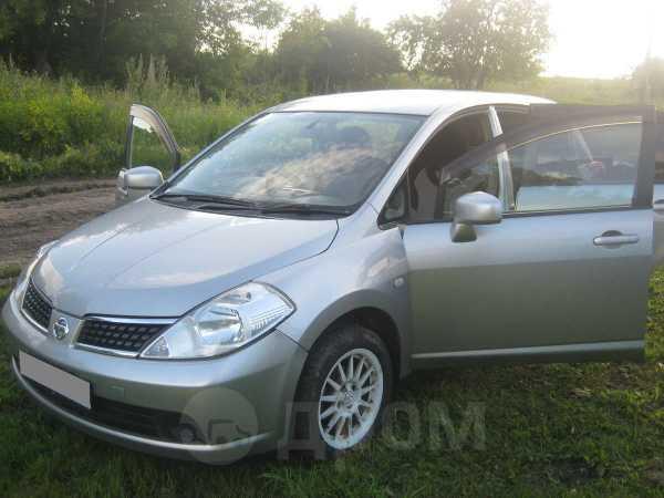 Nissan Tiida, 2004 год, 237 000 руб.