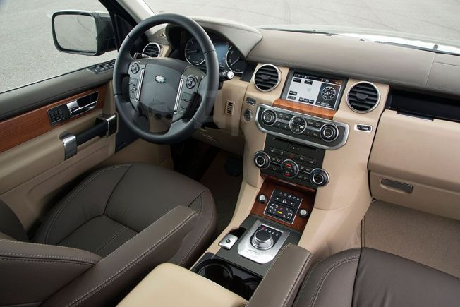 Land Rover Discovery, 2013 год, 1 050 000 руб.