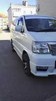 Nissan Elgrand, 2001 год, 525 000 руб.