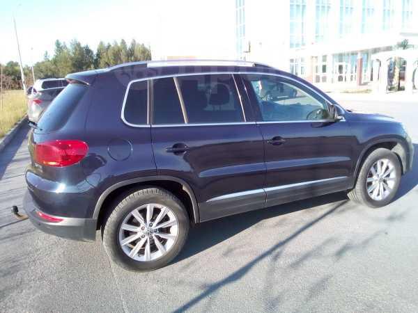 Volkswagen Tiguan, 2013 год, 1 050 000 руб.
