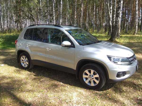 Volkswagen Tiguan, 2013 год, 805 000 руб.