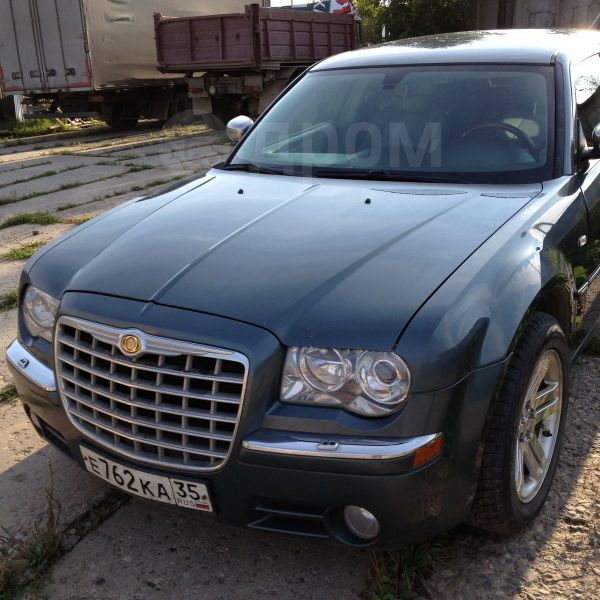 Chrysler 300C, 2005 год, 610 000 руб.