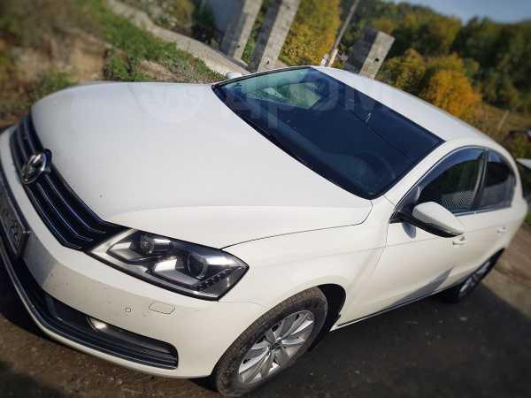 Volkswagen Passat, 2012 год, 655 000 руб.
