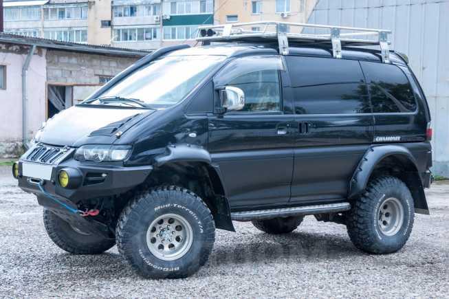Mitsubishi Delica, 2005 год, 1 100 000 руб.