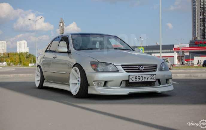 Lexus IS200, 2002 год, 700 000 руб.