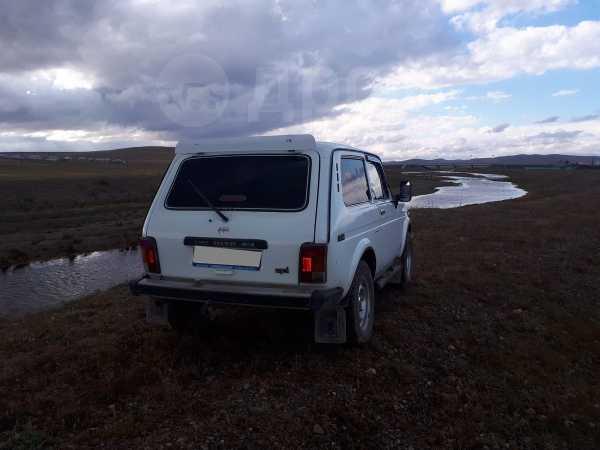 Лада 4x4 2121 Нива, 1995 год, 175 000 руб.