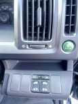 Honda Stepwgn, 2011 год, 935 000 руб.