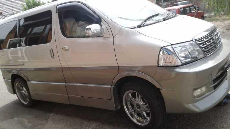 Toyota Grand Hiace, 2002 год, 430 000 руб.