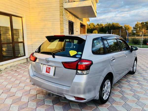 Toyota Corolla Fielder, 2015 год, 835 000 руб.