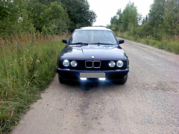 BMW 5-Series, 1988 год, 50 000 руб.