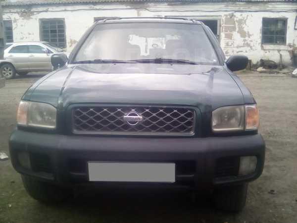 Nissan Pathfinder, 2000 год, 375 000 руб.