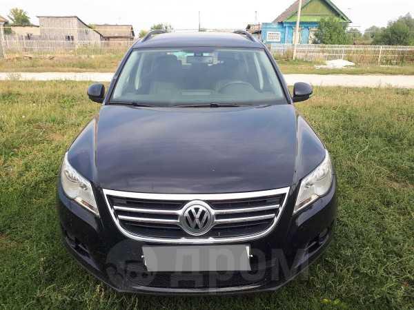 Volkswagen Tiguan, 2010 год, 580 000 руб.