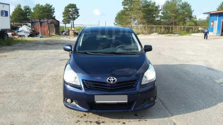 Toyota Verso, 2011 год, 730 000 руб.