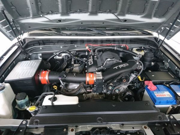 Toyota FJ Cruiser, 2009 год, 1 950 000 руб.