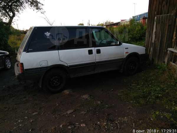 Nissan Prairie, 1988 год, 40 000 руб.