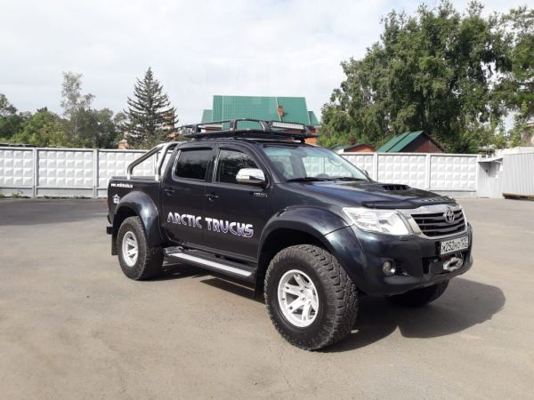 Toyota Hilux Pick Up, 2013 год, 2 450 000 руб.