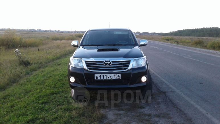 Toyota Hilux Pick Up, 2011 год, 1 190 000 руб.