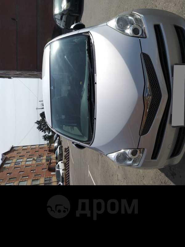 Toyota Ractis, 2010 год, 445 000 руб.