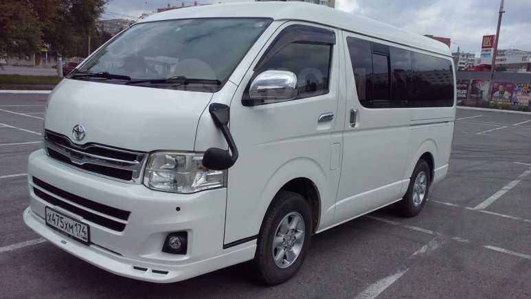 Toyota Hiace, 2011 год, 1 880 000 руб.