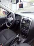 Toyota Avensis, 2002 год, 260 000 руб.