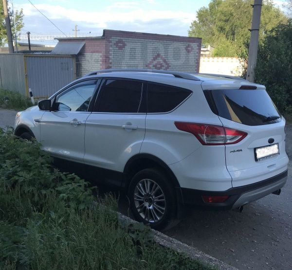 Ford Kuga, 2014 год, 1 050 000 руб.