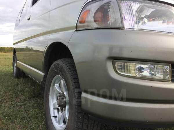 Toyota Hiace Regius, 1999 год, 499 999 руб.
