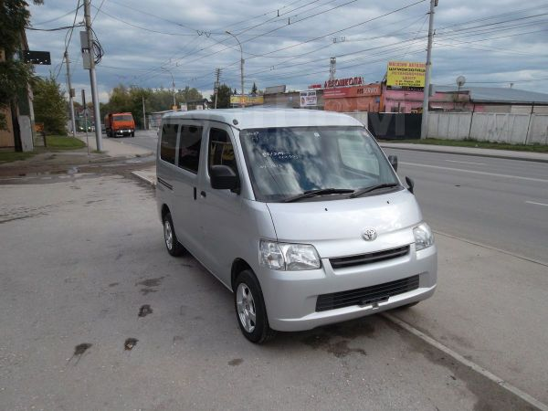Toyota Town Ace, 2012 год, 720 000 руб.