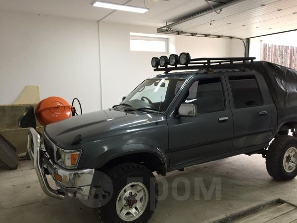 Toyota Hilux Pick Up, 1991 год, 370 000 руб.