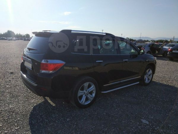 Toyota Highlander, 2013 год, 1 180 000 руб.
