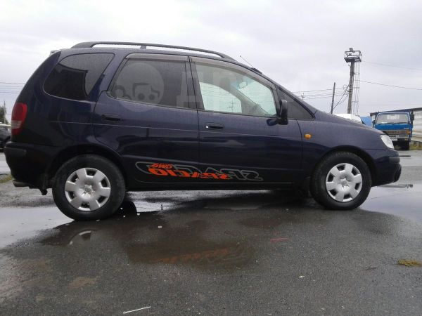 Toyota Corolla Spacio, 1998 год, 305 000 руб.