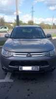 Mitsubishi Outlander, 2013 год, 900 000 руб.