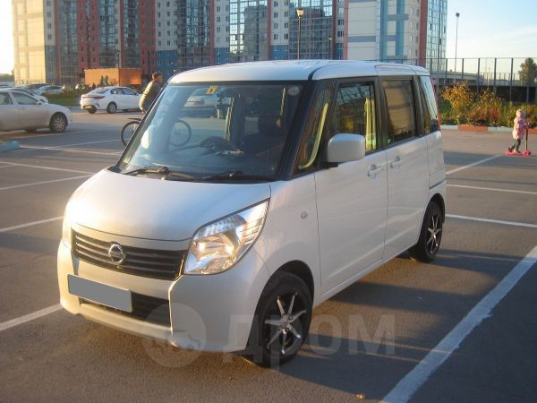 Nissan Roox, 2010 год, 295 000 руб.