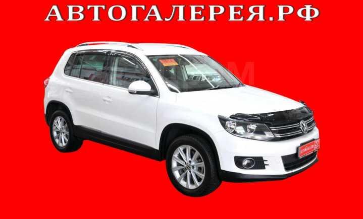 Volkswagen Tiguan, 2013 год, 798 000 руб.
