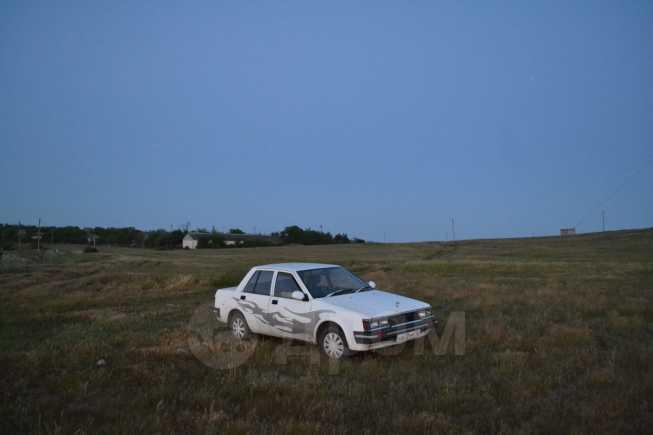 Nissan Liberta Villa, 1988 год, 37 500 руб.